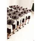 Toile Femmes au chapeau