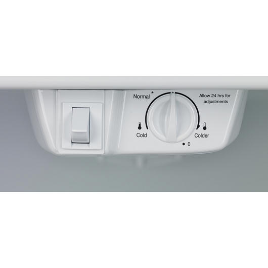 Réfrigérateur congélateur en haut 18 pi3 Frigidaire